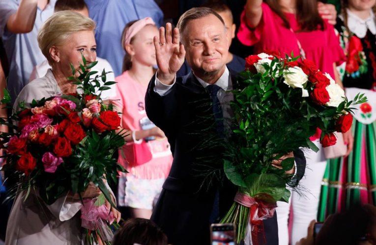 PKW podała wyniki wyborów z 99,78 proc. obwodów głosowania. Andrzej Duda z poparciem 43,67 proc.