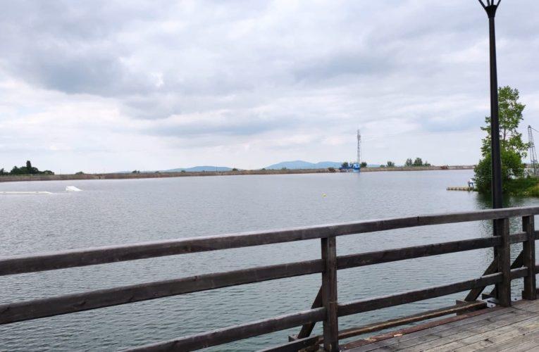 54-latek utonął w jeziorze podczas próby ratowania 7-latka