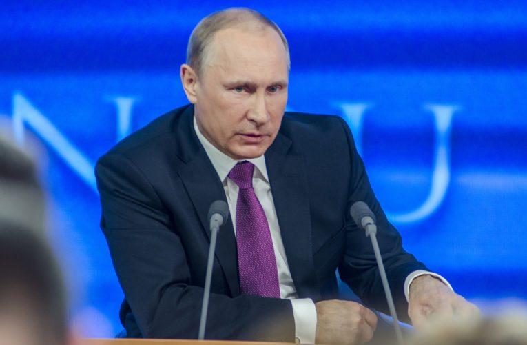 Władimir Putin ogłosił rejestrację pierwszej szczepionki na koronawirusa. Zapewnił, że szczepienie będzie dobrowolne.
