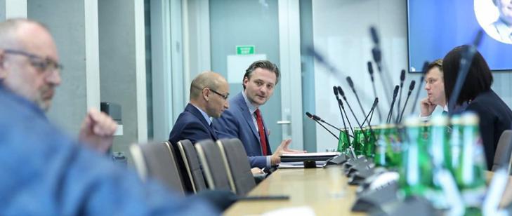 Komisja Administracji i Spraw Wewnętrznych omówiła kwestie nabywania ziemi przez cudzoziemców