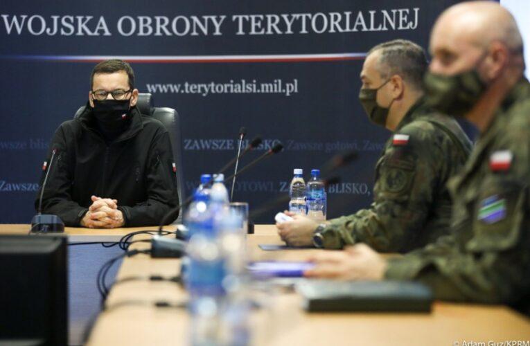 Premier Mateusz Morawiecki: Dziś widzimy wyraźnie jak sprawnie zorganizowani są żołnierze Wojsk Obrony Terytorialnej