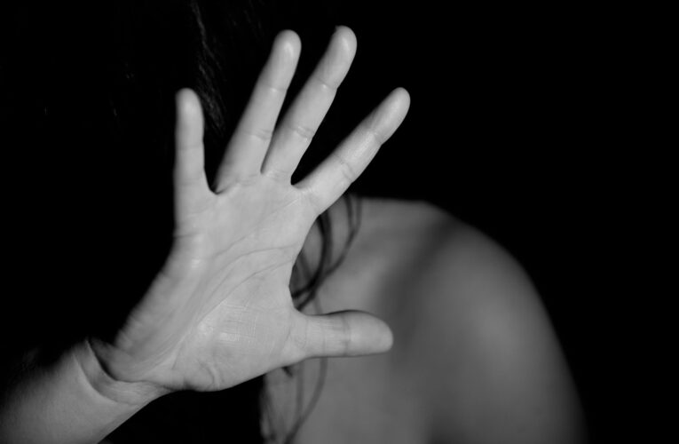 STOP przemocy domowej! Ministerstwo przeprowadziło szkolenia dla osób udzielających pomocy