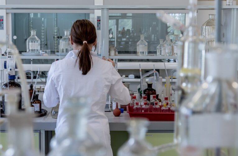 Nowe badania z Wuhan. Bezobjawowcy nie zakażali koronawirusem