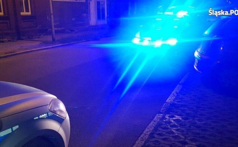 Policjanci uratowali kobietę, która chciała popełnić samobójstwo. Zdążyli w ostatniej chwili