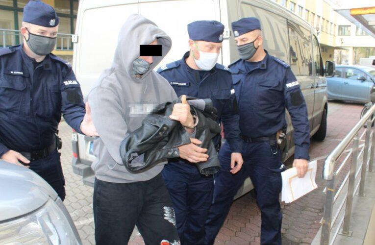 Podejrzany o podpalenie mieszkania na Marszu Niepodległości 2020 zatrzymany