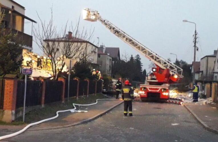 Wybuch gazu w Puławach. Trwa akcja ratunkowa