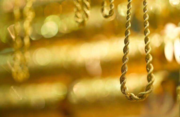 Dzierżoniów: Zatrzymano sprawcę zuchwałej kradzieży w sklepie jubilerskim