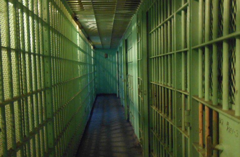 Zabójstwo więźnia w Zakładzie Karnym w Pińczowie. Osadzony użył… taboretu