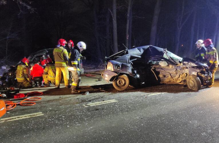 Tragiczny wypadek pod Osiekiem. Nie żyje 22-letni kierowca