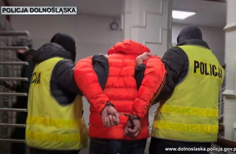 """""""Tulipan"""" w rękach policjantów. Oszukał kobietę na blisko 270 tys. zł"""