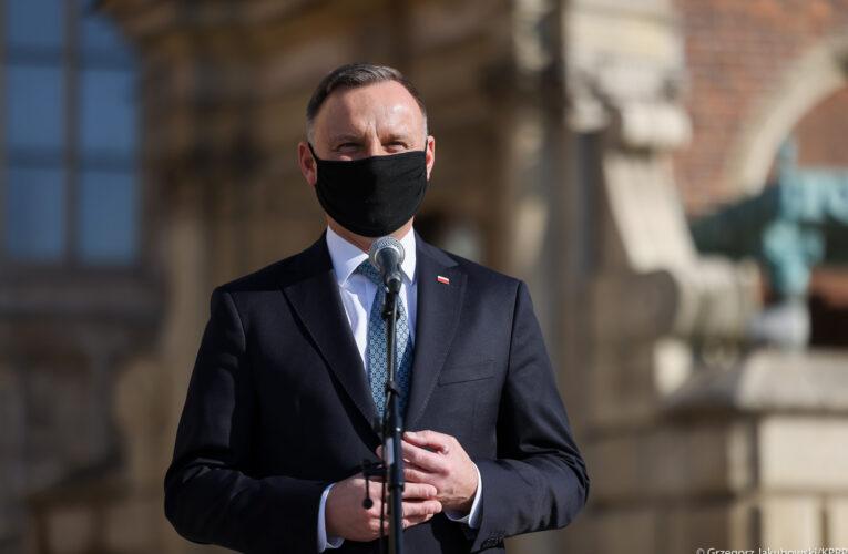 Prezydent na Wawelu oddał hołd ofiarom katastrofy smoleńskiej