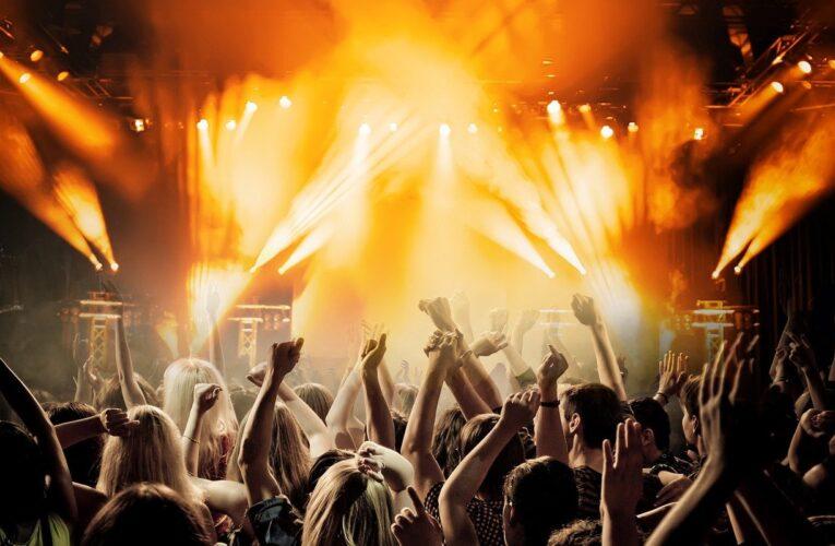 Dzierżoniów: Urodziny DJ-a i nowe alkohole zachętą do wspólnej imprezy w klubach