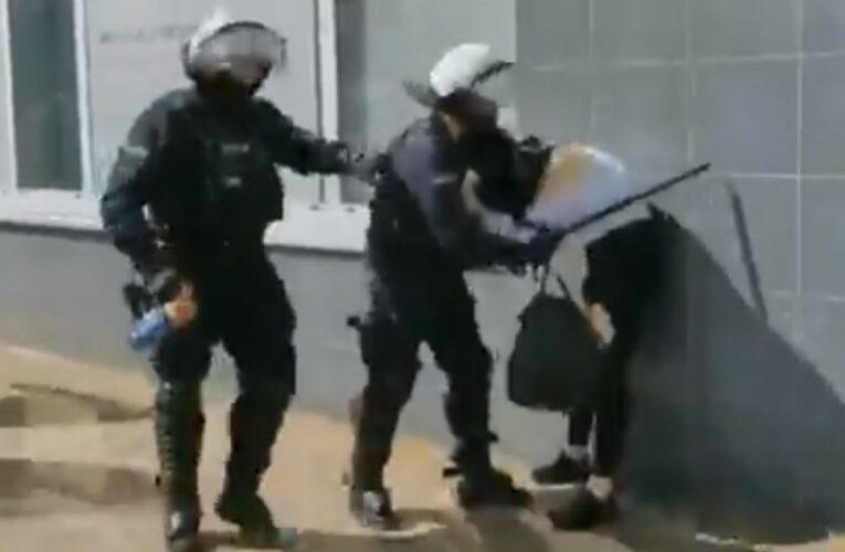 Głogów: Sześć osób zatrzymanych podczas zgromadzenia osób sprzeciwiających się obostrzeniom epidemicznym [NAGRANIA W ARTYKULE]