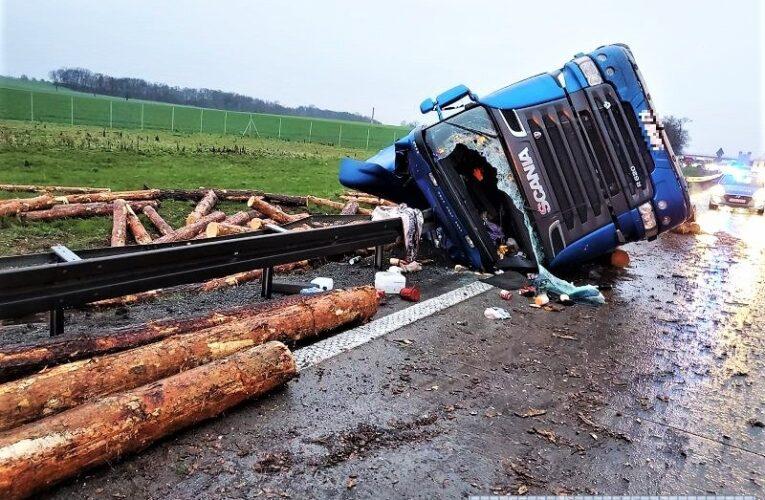 Pijany kierowca omal nie doprowadził do tragedii na autostradzie A4