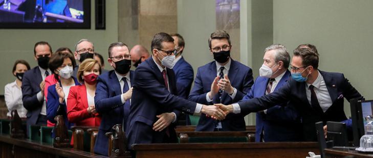Sejm przyjął projekt ustawy gwarantujący Polsce 770 mld zł w ramach budżetu Unii Europejskiej