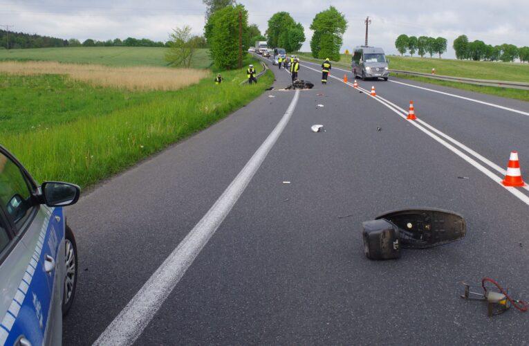 Nietrzeźwa kierująca śmiertelnie potrąciła pieszego i odjechał z miejsca wypadku. Kobieta została zatrzymana