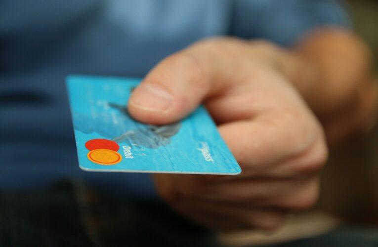 70-letnia kuracjuszka przywłaszczyła kartę swojej współlokatorki i poszła na zakupy