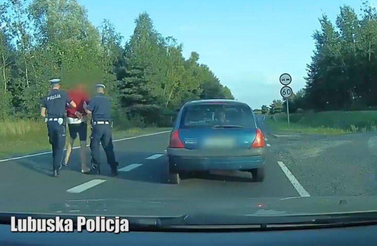 Od barierki do barierki drogą ekspresową. Zatrzymany kierowca miał trzy promile w organizmie. O krok od tragedii [NAGRANIE W ARTYKULE]