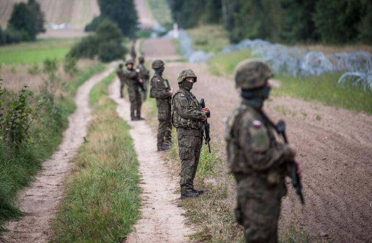 Rada Ministrów wystąpiła o przedłużenie stanu wyjątkowego. Decyzja związana jest z sytuacją na granicy polsko-białoruskiej