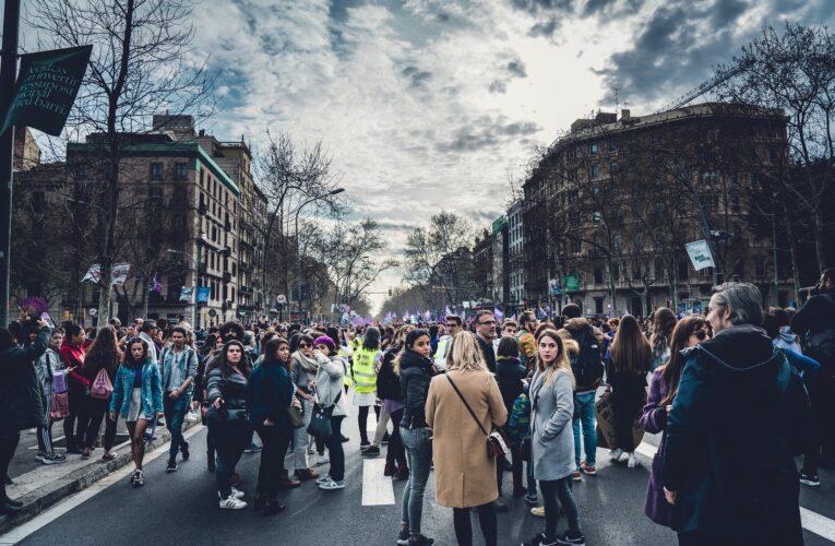 Wyższe grzywny za wykroczenia mogą być narzędziem walki z protestami społecznymi.Marcin Wiącek o rządowym projekcie